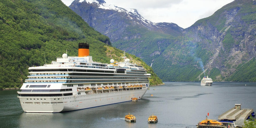 Cruise specific policies can cover you if the ship leaves you behind. (Photo: Ukrolenochka/Shutterstock.com)