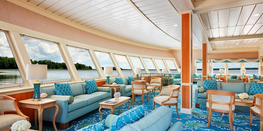 Chesapeake Lounge on American Constellation (Photo: American Cruise Lines)