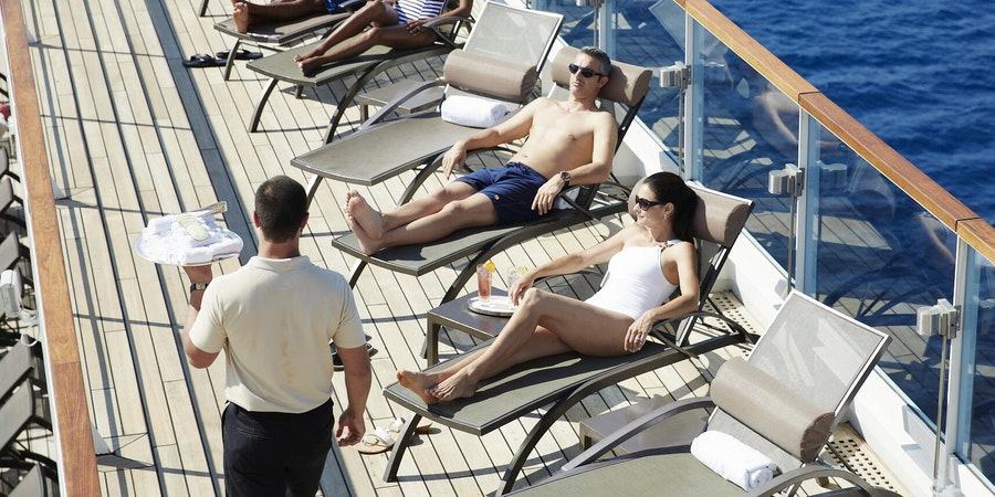 Know your cruise line's tipping policies (Photo: Seabourn Cruise Line)