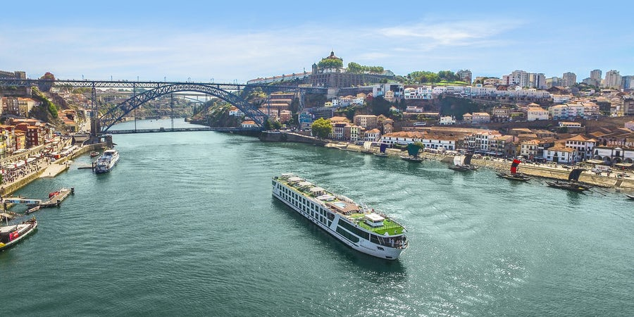 Cruise Line Tipping Policies: River and Barge Lines