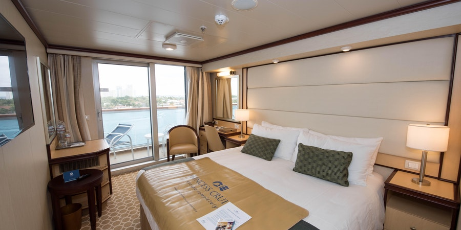 7 Reasons to Book a Cruise Balcony Cabin