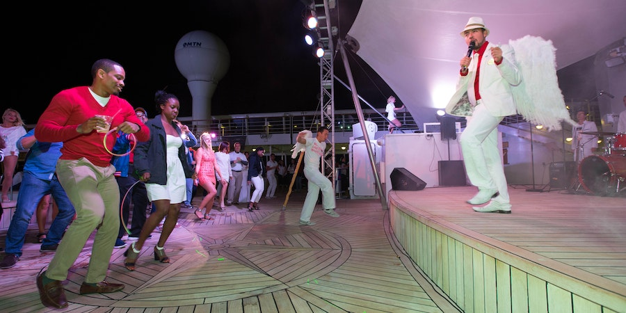White Hot Party on Norwegian Sky (Photo: Cruise Critic)