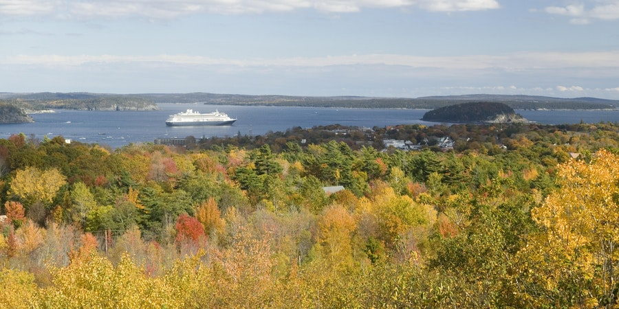 Is Fall the Best Time to Book a Cruise?