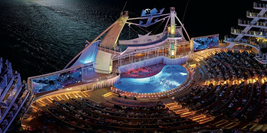 19 Free Things to Do on Royal Caribbean's Oasis-Class Cruise Ships