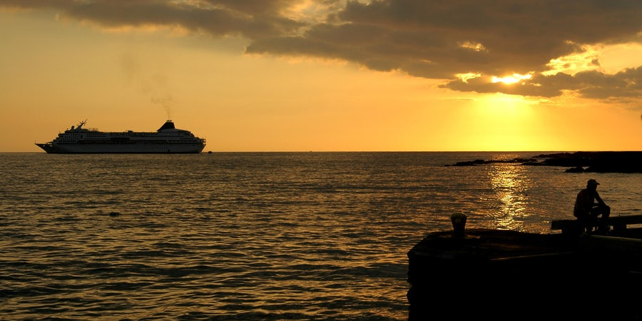 11 Ways to Get Booted Off a Cruise Ship