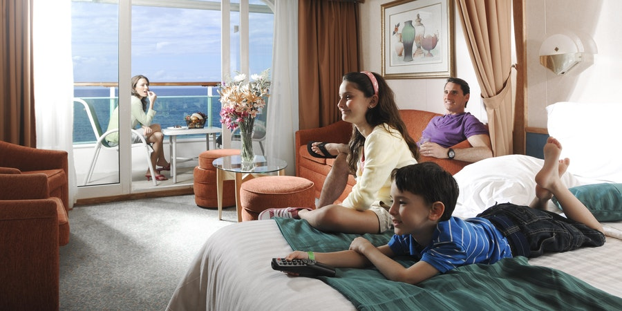 Tips on Booking a Cruise Room for the Whole Family