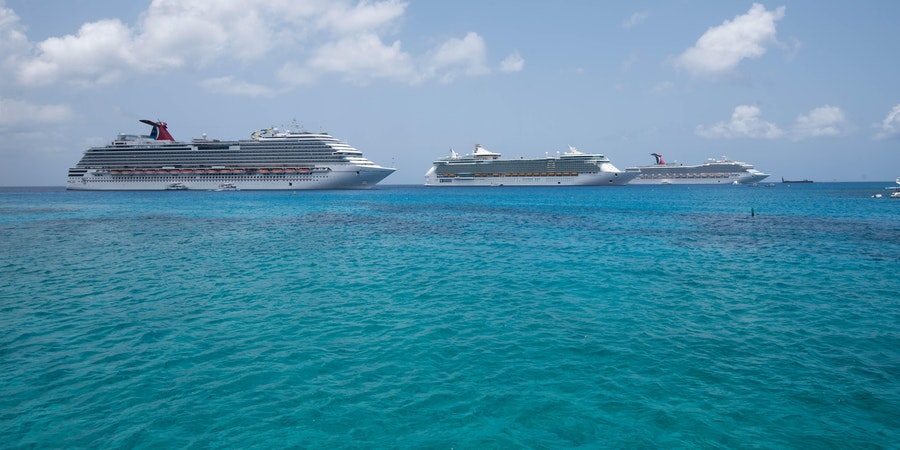 Cruise ships in the Caribbean (Photo: Cruise Critic)
