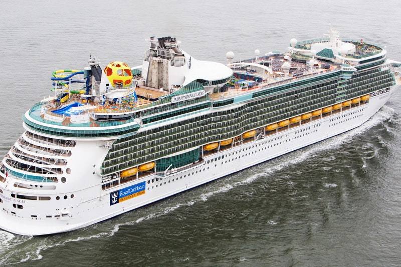 Independence Of The Seas Cruise Ship Review Photos Departure Ports On Cruise Critic