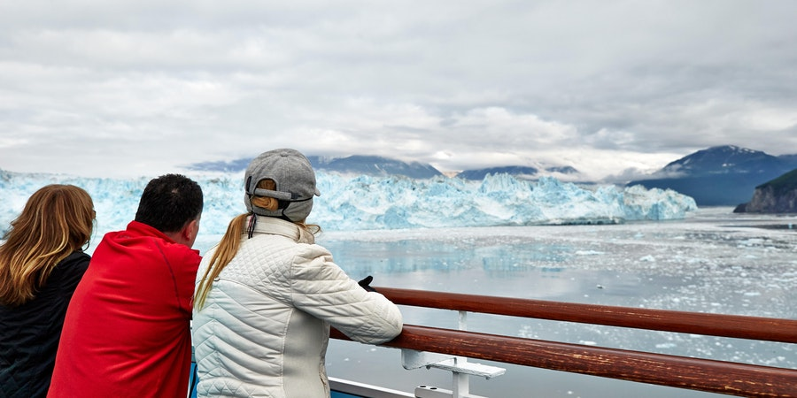 Passengers overlooking Glacier Bay in Alaska on a Princess Cruise (Photo: Princess Cruises)