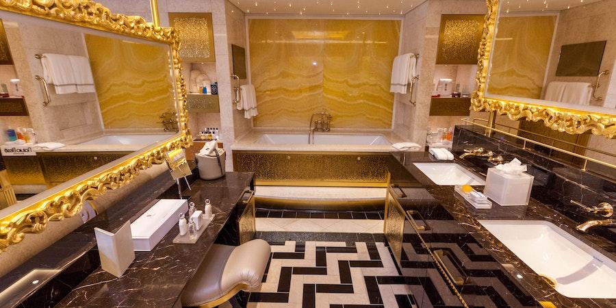 7 Best Cruise Ship Bathrooms Cruises