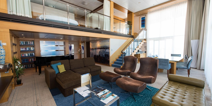 The Royal Loft Suit on Oasis of the Seas (Photo: Cruise Critic)