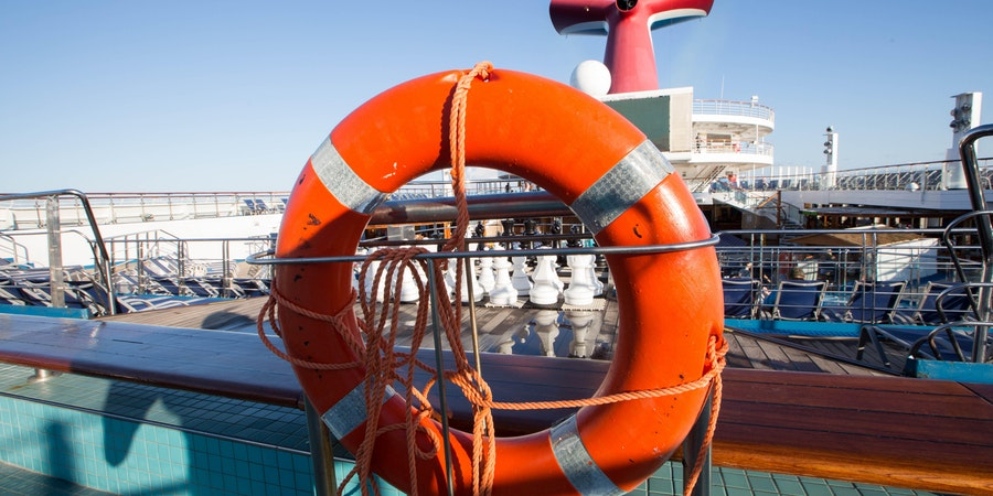 The Universe Pool and Whirlpools on Carnival Triumph